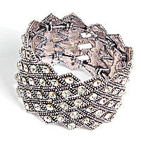 [5.5см] Браслет металлический, широкий, с геометрическим ритмичным узором, инкрустирован камнями