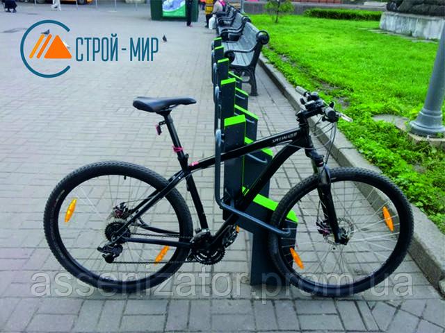 В Киеве установили суперсовременную велопарковку