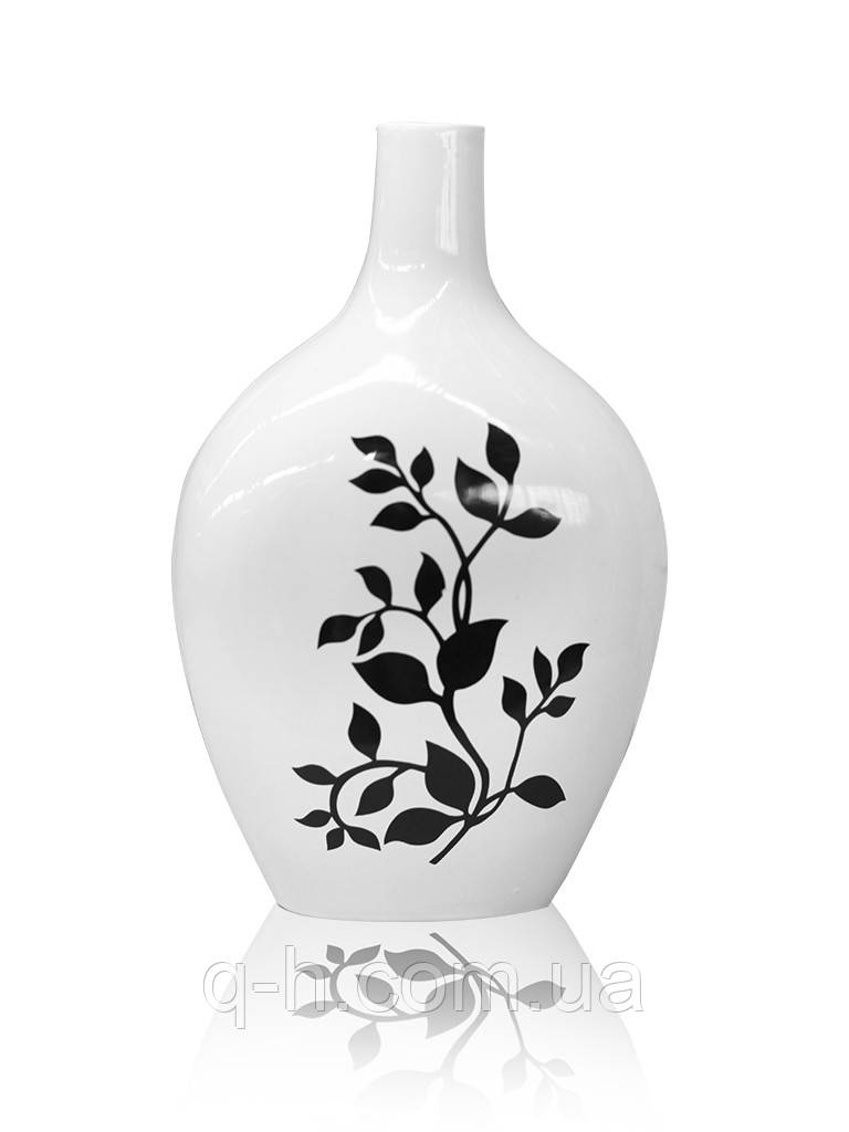 Маленькая ваза для цветов
