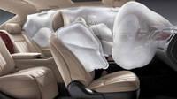 Toyota снова отзывает автомобили из-за дефекта в подушках безопасности.