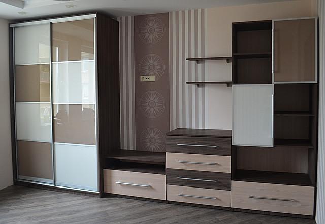 Меблі для дитячої кімнати з ЛДСП