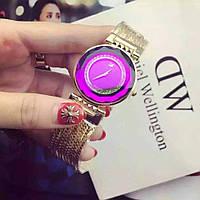 Часы женские Swarovski brand Pink с камнями