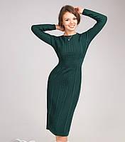 Красивое вязаное женское платье бутылочного цвета