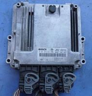 Блок управления двигателем ( ЭБУ )RenaultMegane 2.0dCi2000-20140281011814 , 8200462452