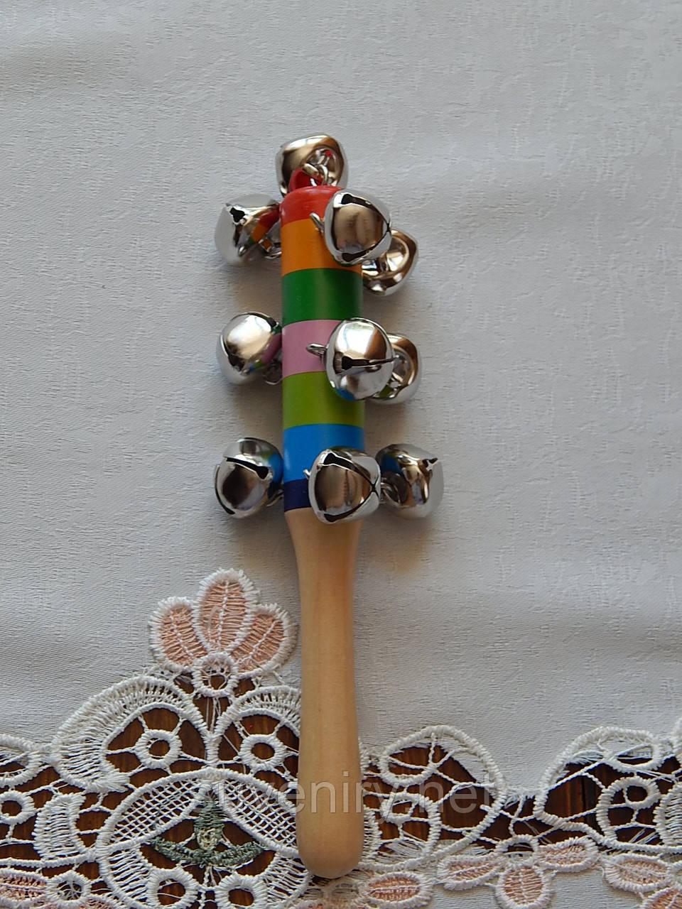 Деревянная игрушка погремушка ввиде светлафора