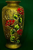 Красивая настольная ваза шамот золото
