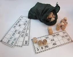 Игра лото с деревянными бочонками
