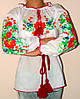 Женская вышиванка с красивыми цветами