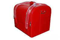 Красный чемодан мастера для маникюра
