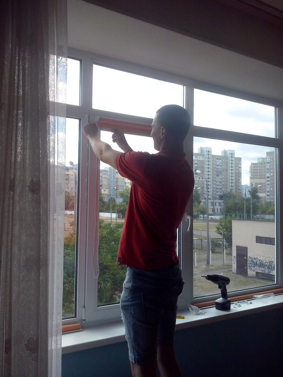 Рулонные шторы на окна Киев 2