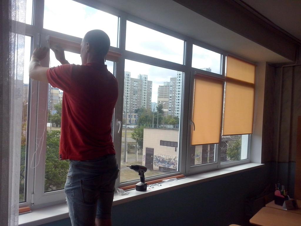 Рулонные шторы на окна Киев 3