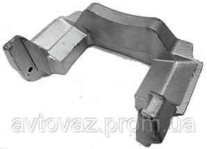 Направляющая колодок, скоба суппорта ВАЗ 2121, ВАЗ 21213 Нива левая
