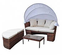Садовый диван-кровать и стол