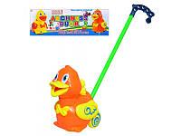 Детская игрушка Каталка на палочке 71557 Уточка