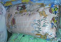 Защита для детской кроватки персиковая Зайчики на полянке