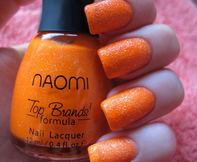Лаки для ногтей Naomi