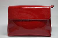 Сумка женская из натуральной лаковой кожи красного цвета