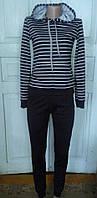 Подростковый спортивный костюм в полоску
