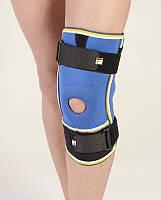 Бандаж коленного сустава неопреновый с двумя шарнирными ребрами жесткости 4022 Алком, Украина