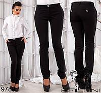 Женские классические брюки с карманами