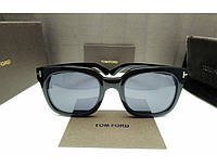 Солнцезащитные очки Tom Ford 211 black