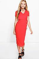Красное платье BooHoo