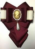 """Брошь-галстук текстильная с камеей """"Шанталь"""" цвет бордо"""