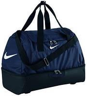 Спортивная сумка Nike Club Team Swoosh Hardcase XL