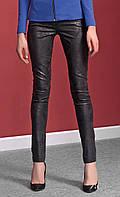 Женские узкие брюки черного цвета из хлопковой ткани. Модель Soraya Zaps.