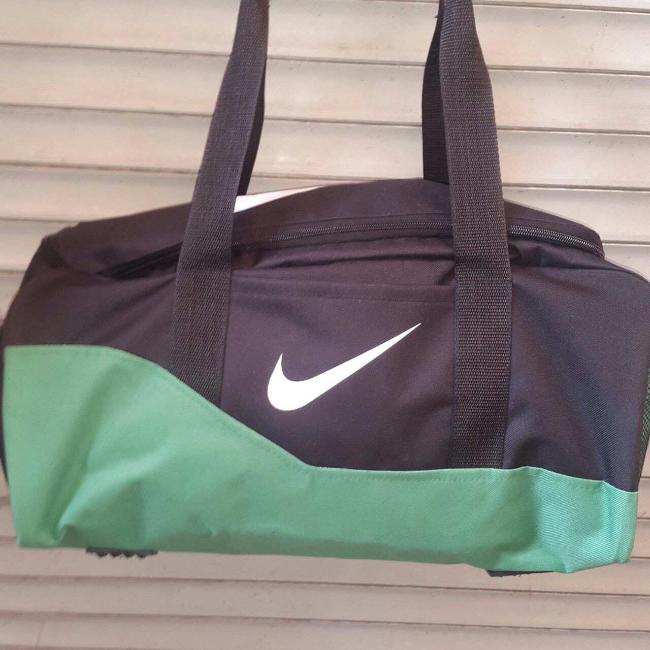 Спортивная, дорожная сумка Nike, Найк черная с зеленым