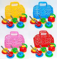Корзинка с посудой для детей