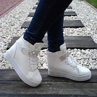 Женские импортные ботинки с стразами недорого
