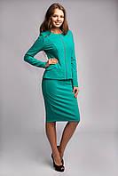 Яркий женский костюм мятного цвета