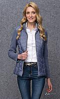 Женский жакет на молнии цвета джинс с длинным вязанным рукавом. Модель Trista Zaps, осень-зима 2016-2017.
