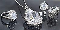 Набор: кулон на цепочке, серьги и кольцо 19 р. Цвет: серебряный. Камни: белый циркон и россыпь белых фианитов., фото 1