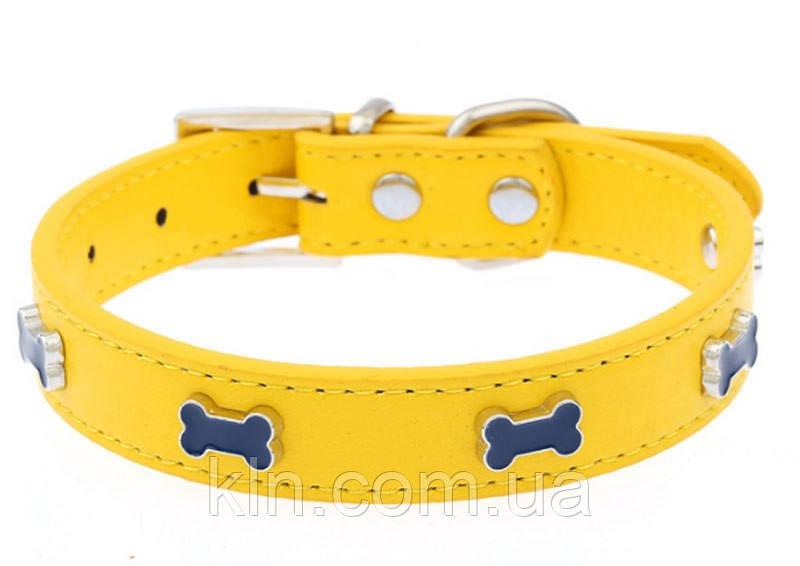 Кожаный ошейник для собаки с заклепками в виде косточек (фиолетовый, желтый) Размер М