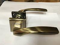 Ручка раздельная на квадратной розетке Mongoose H-890 AB (бронза)