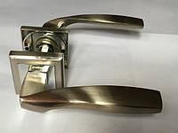 Ручка раздельная на квадратной розетке Mongoose H-890 SN/CR (сатин/хром)