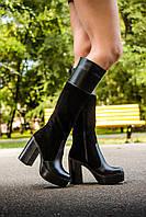 Сапоги высокие замшевые  черного цвета в комбинации с кожей на высоком устойчивом каблуке