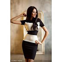 Школьное платье для старшеклассницы. Облегающий крой черное с белым или синеес белым