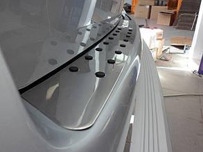 Накладка на задний бампер с чёрными вставками Volkswagen Т5