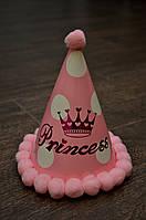"""Праздничный колпак """"Princess"""", розовый в крупный горох с меховыми шариками, высота 16 см,"""