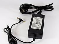 Блок питания 12V 6A пластик + кабель, адаптер для LCD мониторов/ноутбуков /ЖК-телевизоров/светодиодных лент