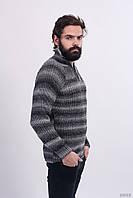 Теплый вязаный мужской свитер