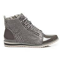 Серые женские ботинки лаковые со змеиным принтом