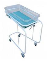 Кроватка новорожденного на колесах с кювезом и матрасиком