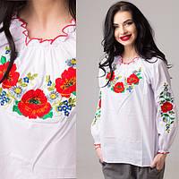 Традиционная женская сорочка вышиванка белого цвета с красными маками