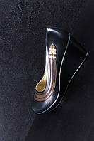 Туфли женские на танкетке 36,38