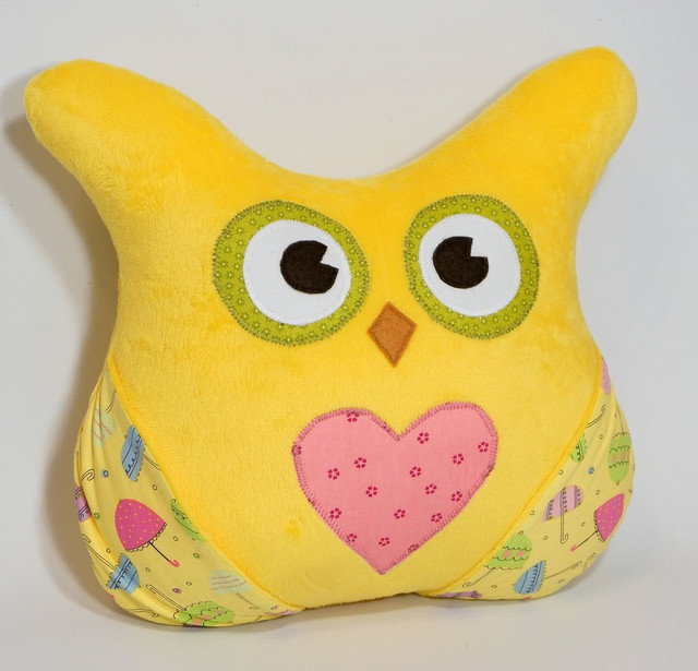 Желтая подушка «Сова»