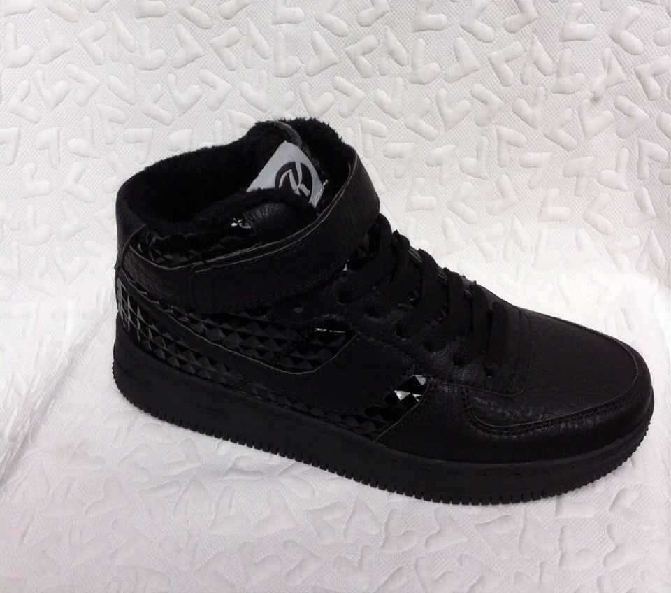 Высокие женские кроссовки Kylie crazy черные с лаковыми вставками -  bonny-style в Хмельницком 9d1bf36b08e